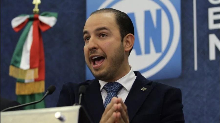 """Marko Cortés acusa que Secretarios """"están de floreros"""""""