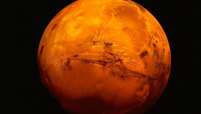Descubren nuevo y espectacular cráter en la superficie de Marte
