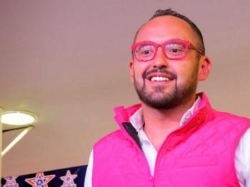 Mauricio Clark usa la religión para atacar el 'mundo gay'