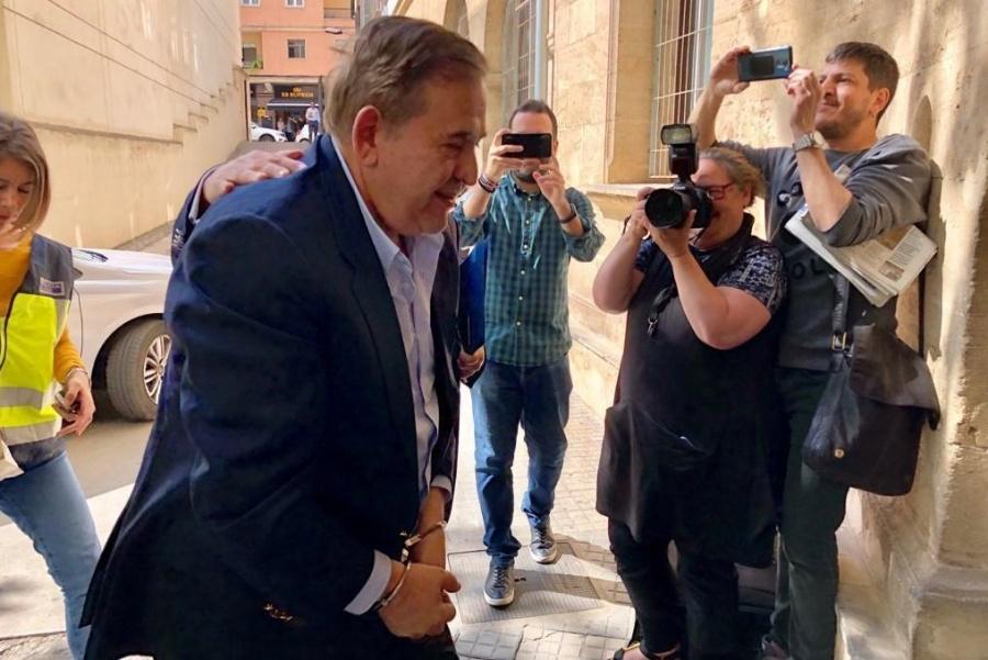 Alonso Ancira interpone juicio de amparo contra el bloqueo de sus cuentas bancarias