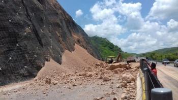 Reabren parcialmente circulación en autopista del Sol, México-Acapulco