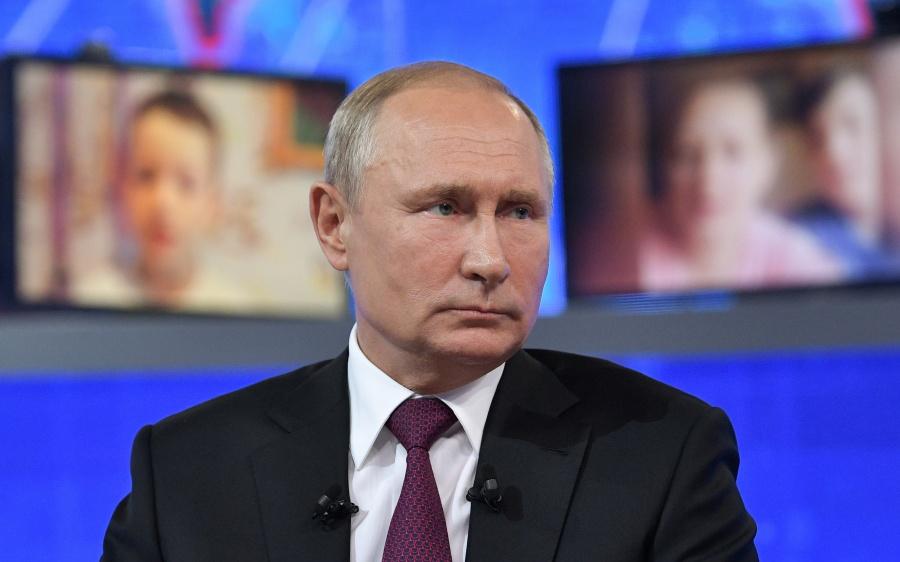 No hay nada inaccesible para las mujeres en las Fuerzas Armadas: Putin