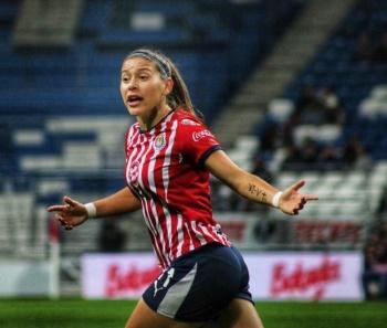 Chivas Femenil anuncia la salida de Norma Palafox