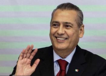 Anuncia Manlio que no votará en Elecciones del Tricolor