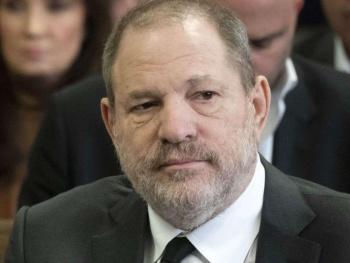 Weinstein está en busca de nuevos abogados