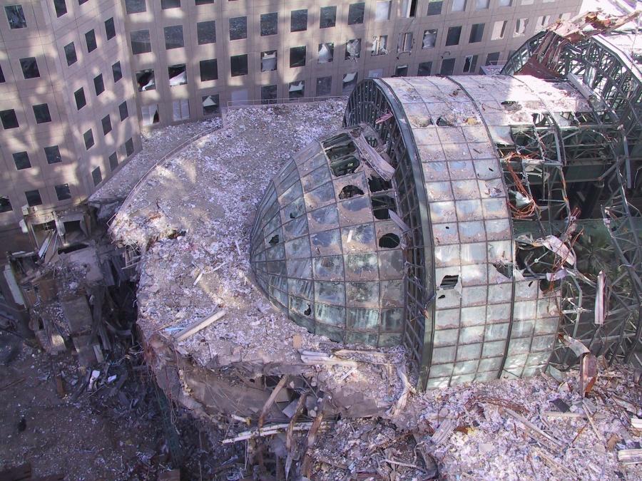 Revelan fotos inéditas del atentado del 11-S halladas en un viejo CD