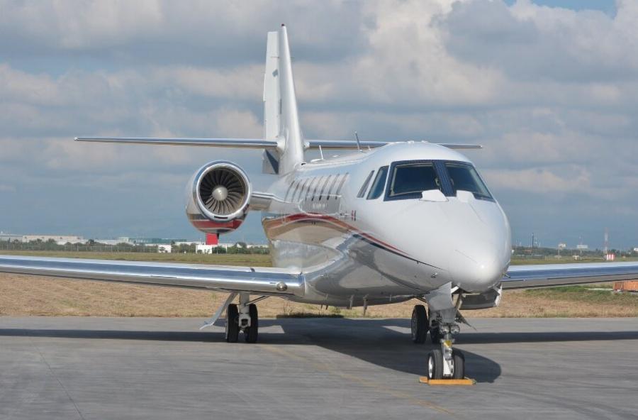 Subastarán avión que Emilio Lozoya usó como taxi
