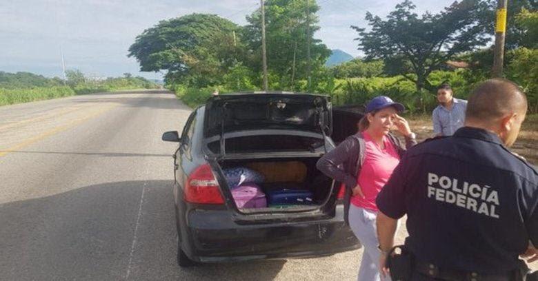 Cónsul es detenido por trasladar migrantes a Oaxaca