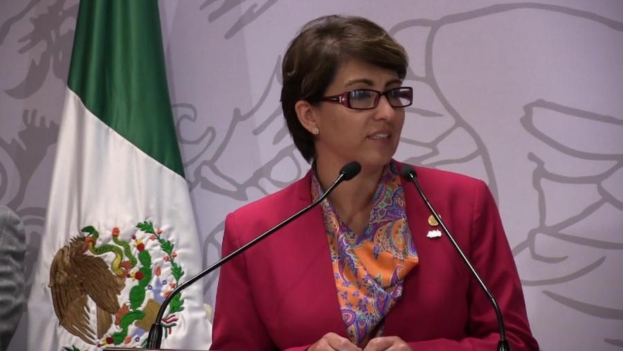 Establecer estrategias para generar energías limpias y atraer inversiones pide Mónica Almeida