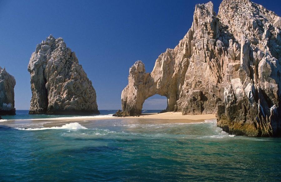 Así es la playa temporal que aparece a cada cuatro años en Cabo San Lucas