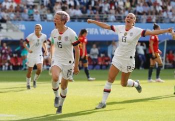Estados Unidos se cita con Francia en cuartos de final en Mundial Femenil