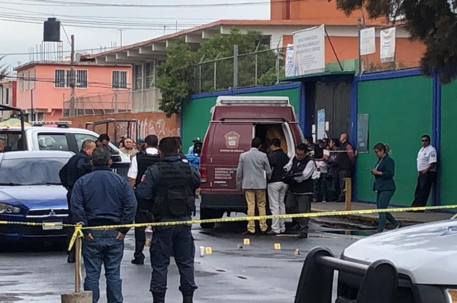 Balacera en escuela de Nezahualcóyotl deja un muerto y un niño herido