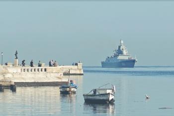 Putin envía barcos de guerra a puertas de EU