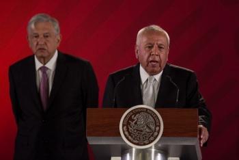 Se disculpa Francisco Garduño por llamar fifís a policías federales