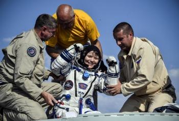 Astronautas regresan a la Tierra tras misión en la Estación Espacial Internacional