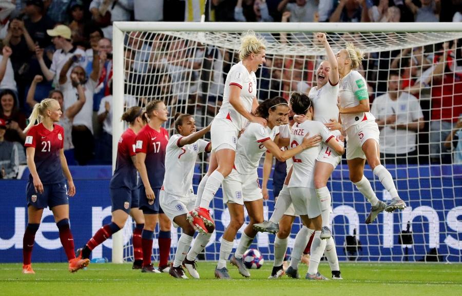 Inglaterra elimina a Noruega y avanza a semifinales en el Mundial Femenil