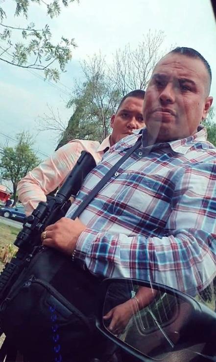 Captan a comando armado que revisa a automovilistas en Ciudad Satélite y Lomas Verdes