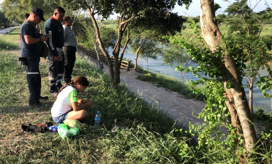 Trasladan los cuerpos de migrantes fallecidos en el río Bravo