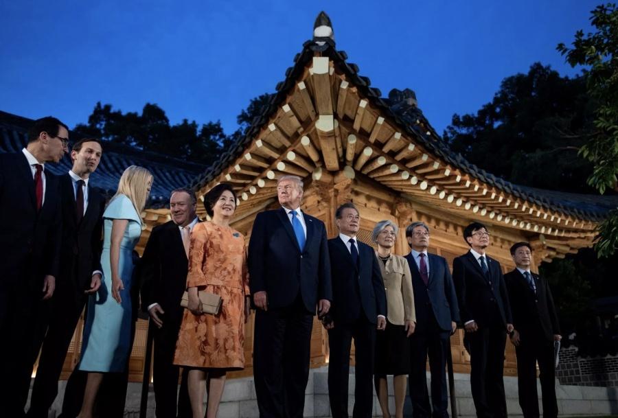 Llega Trump a Corea del Sur, se reuniría con Kim Jong-un