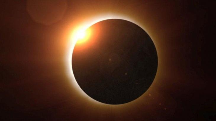 """Eclipse total de sol dejará """"a oscuras"""" a Sudamérica este martes"""