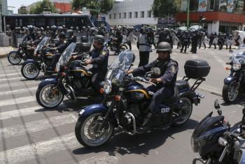 Despliegan ocho mil policías para resguardar festejo de AMLO en el Zócalo