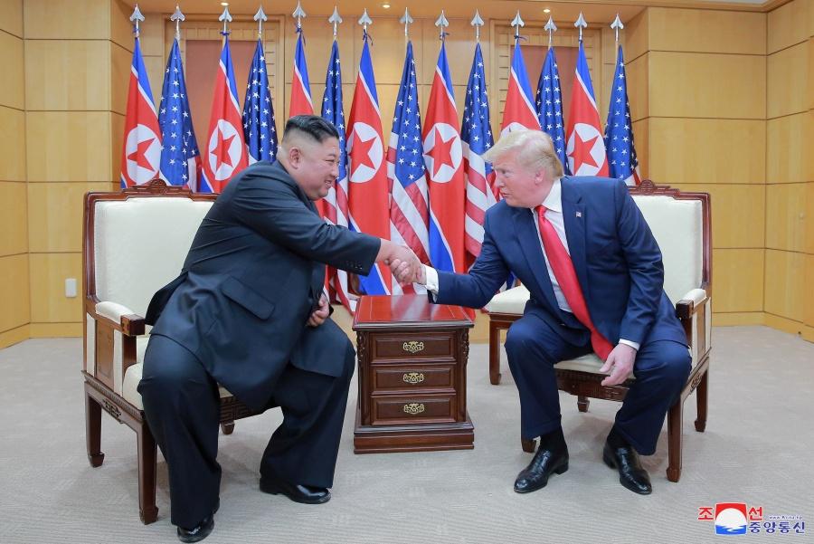 Cumbre entre Norcorea y EU supone fin de hostilidades: Moon