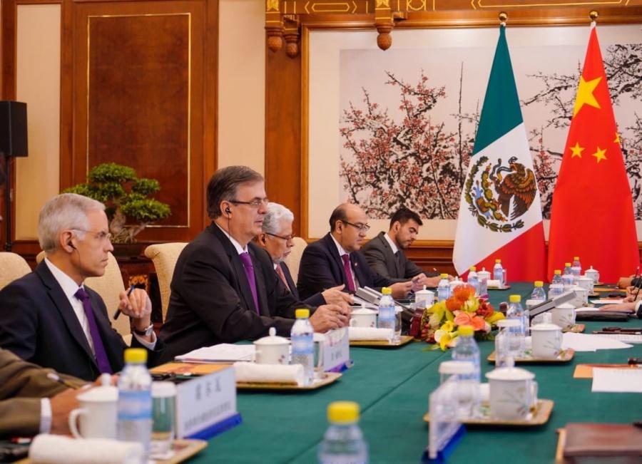 México y China acuerdan reforzar asociación estratégica integral