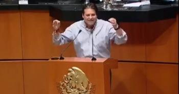 """""""Que uno pueda tomarse en el trabajo dos o tres cervecitas"""" propone senador del PRI"""