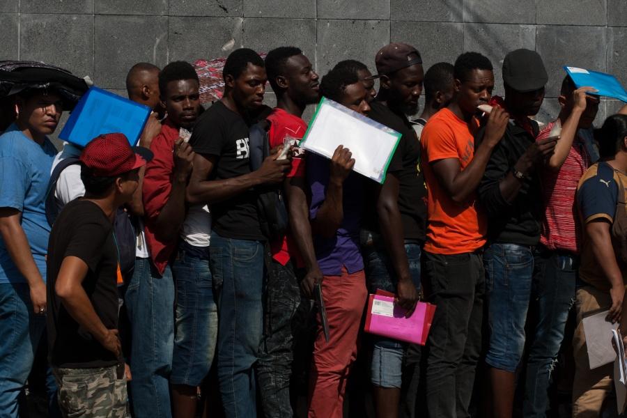 Acusa AMLO que información sobre operativos contra migrantes en hoteles está fuera de contexto