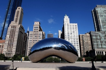 Vandalizan escultura de 'El Frijol' en Chicago