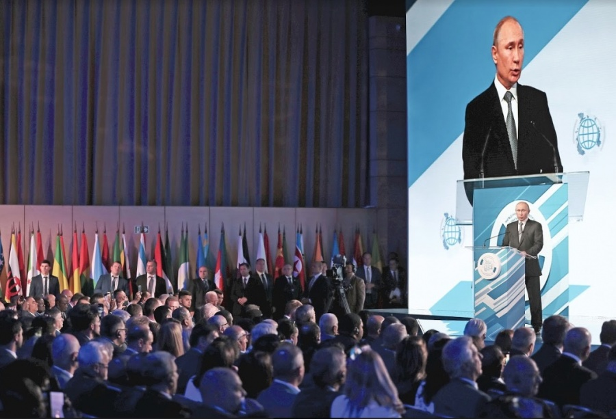 Putin tira pacto nuclear suscrito en la Guerra Fría