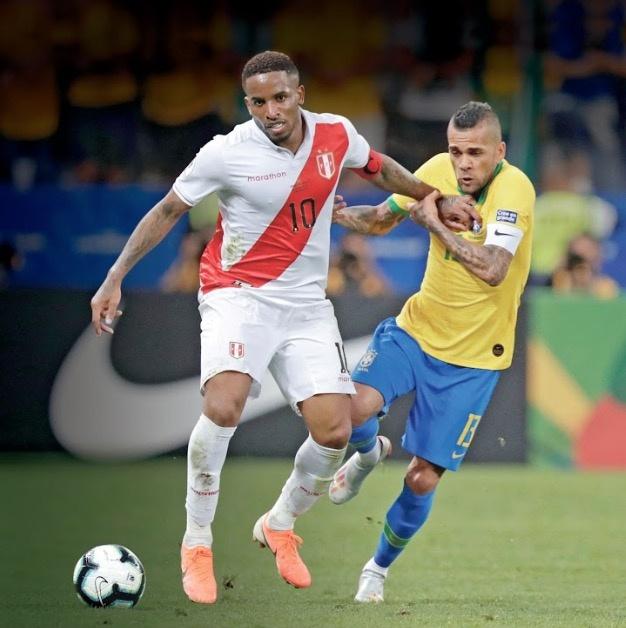 Con 4 trofeos de anfitrión, Brasil defiende el Maracaná