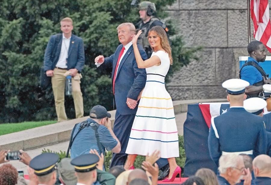 Trump usa fiestas patrias para exhibir su Fuerza Militar