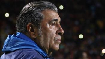 Reinoso no ve con buenos ojos la llegada de Giovani dos Santos al América