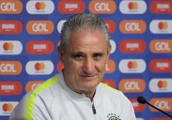 Descartan la salida de Tite de la Selección de Brasil