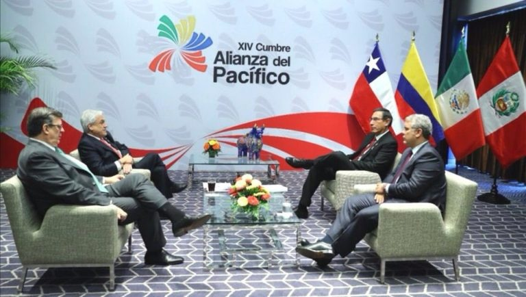 Reunión Ebrard-Lenín Moreno para agilizar entrada de Ecuador a Alianza del Pacíficlo