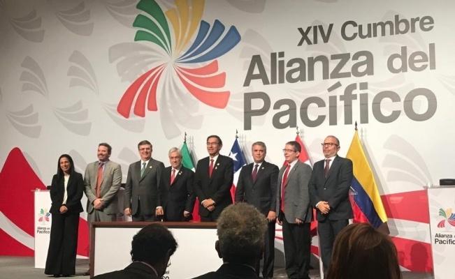 Firman alianza de medios públicos de México, Perú, Chile y Colombia