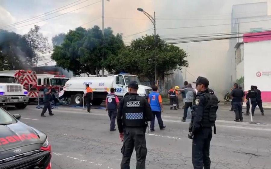 Desalojan a familias de la Colonia San Pedro por incendio. Ya fue controlado