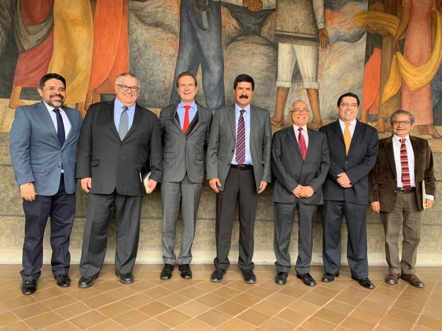 Revisan Javier Corral y Esteban Moctezuma proyectos educativos para Chihuahua