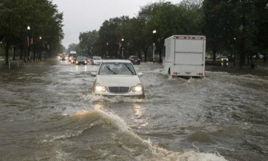 Lluvias torrenciales sorpresivas causan inundaciones en Washington, EU