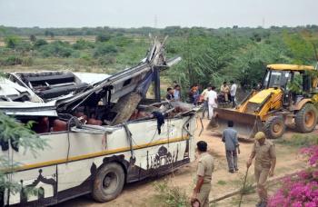 Accidente de tránsito en la India, deja 29 muertos