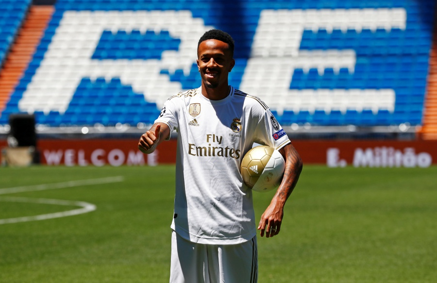 Real Madrid presenta al defensor Éder Militão