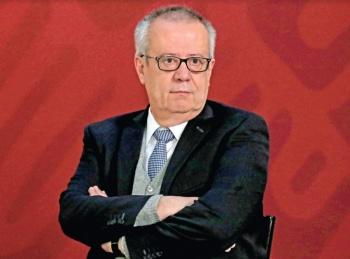Súbita renuncia de Urzúa eclipsa metas económicas