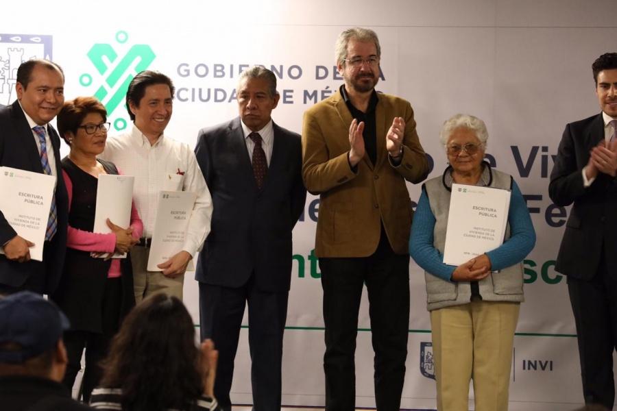 INVI entrega 124 escrituras del programa Vivienda Nueva Terminada