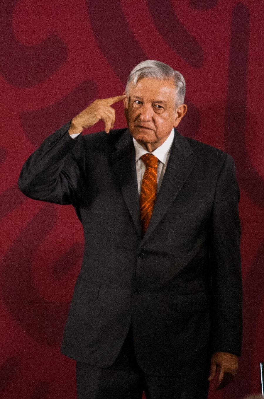 AMLO debe aceptar realidad económica: FT; ese diario debe pedir disculpas, revira el Presidente