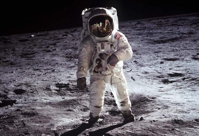 Google te lleva a la Luna por medio de la realidad aumentada