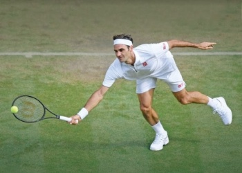 Roger Federer rompe récord de victorias en césped de Londres