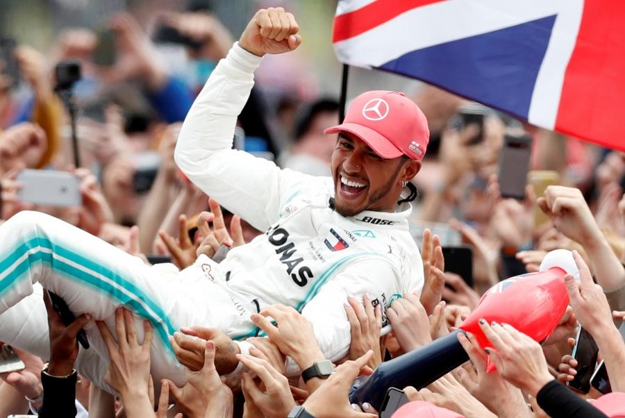 Hamilton muestra poderío y se proclama campeón del GP de Gran Bretaña
