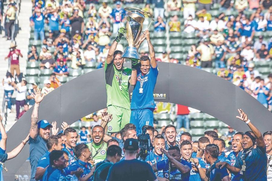Cruz Azul conquista el título 21 de su historia