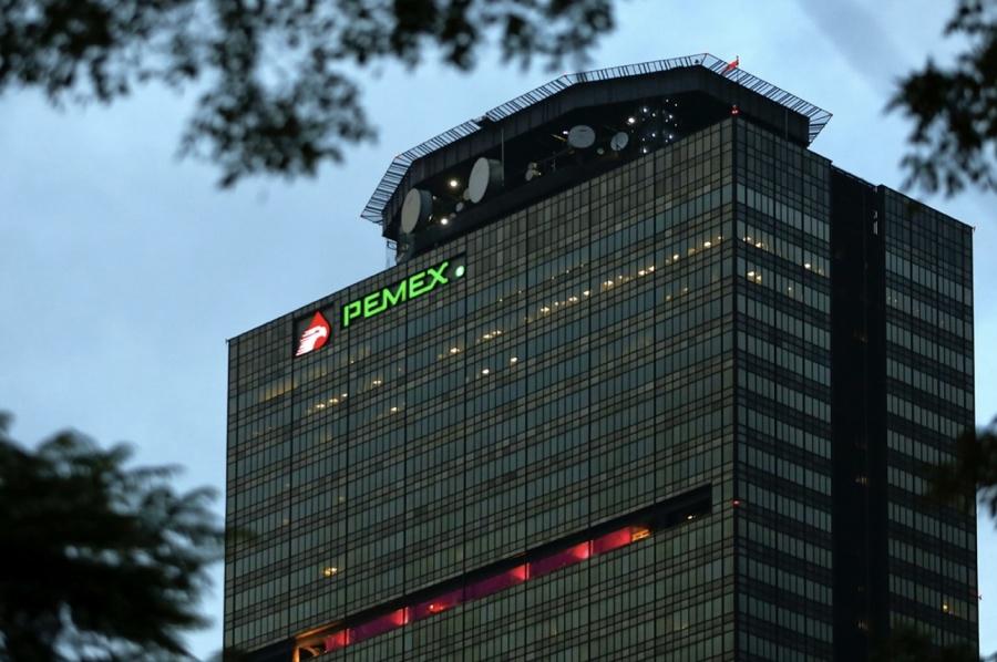 Reducirán carga fiscal de Pemex en 128 mmdp